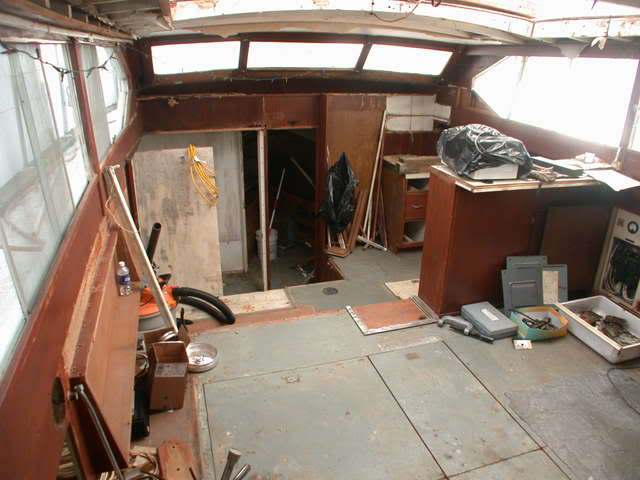 Starboard panel removed in 2008
